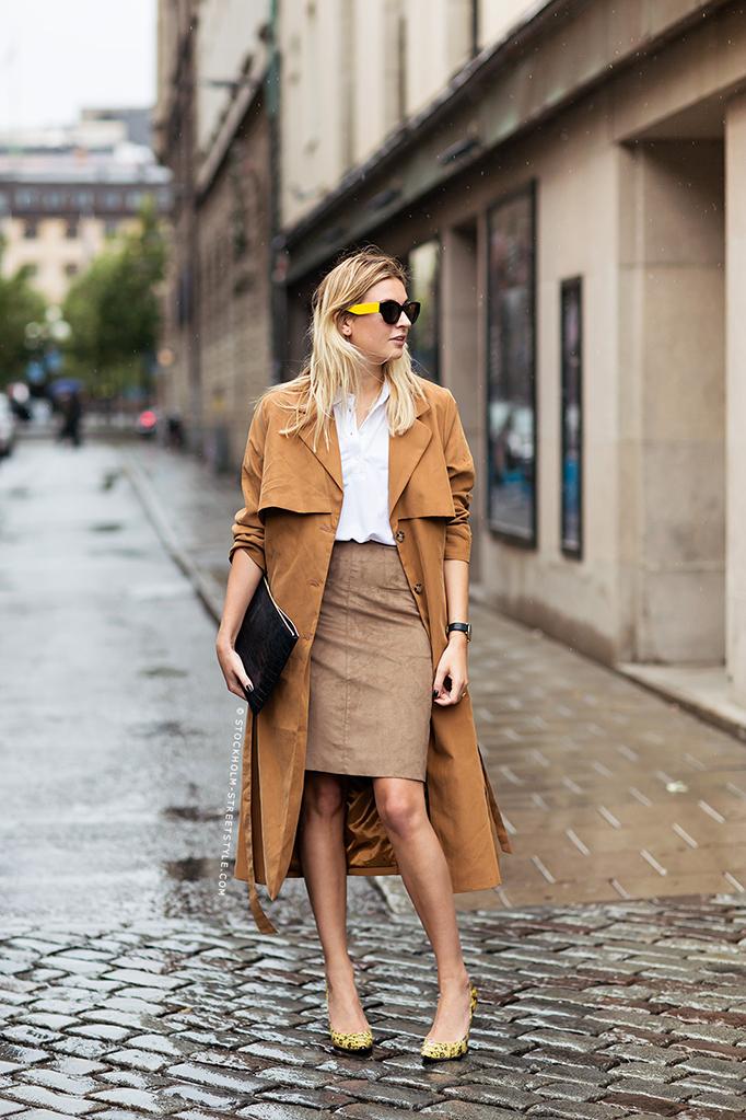 jupe crayon en hiver avec un manteau