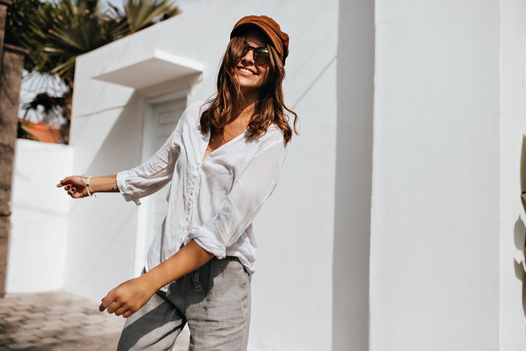 Comment porter la chemise femme avec style?