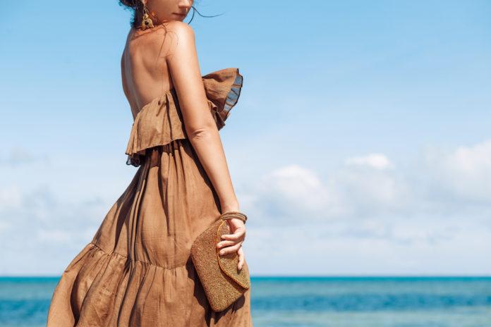 Comment porter la robe bohème chic à un mariage