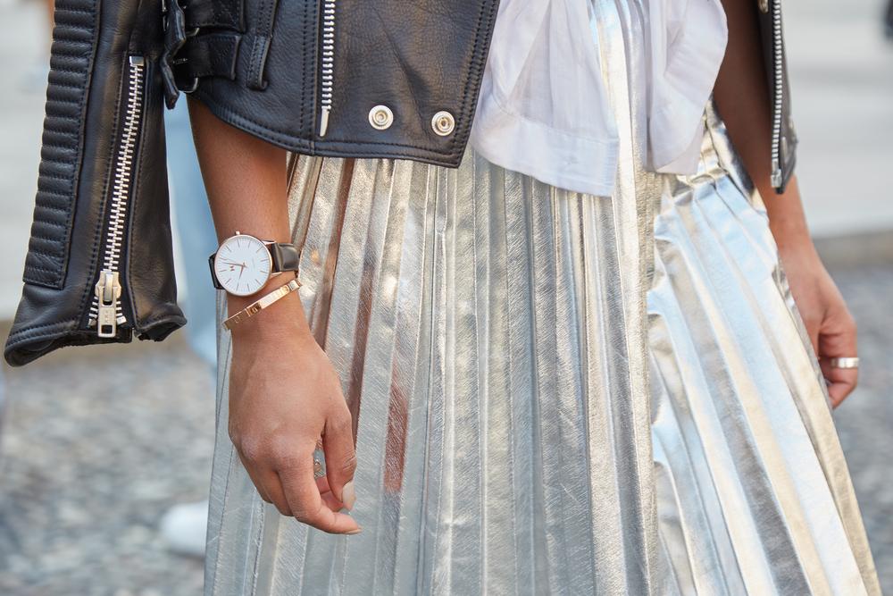 jupe plissée dorée