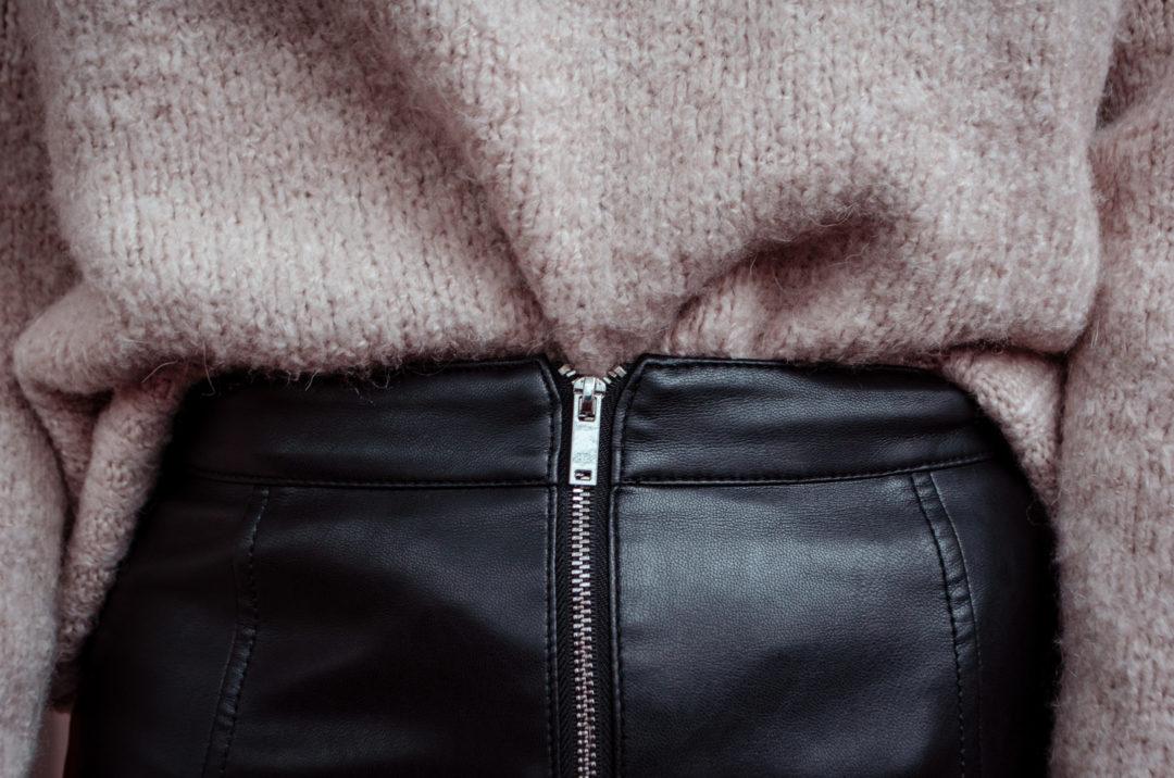 Conseils et idées looks pour bien porter la jupe en cuir