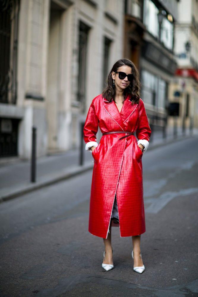 5 idées de looks avec un manteau rouge