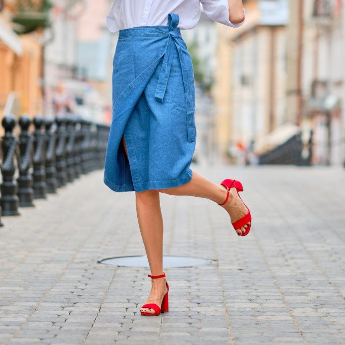 Comment porter la jupe portefeuille ?