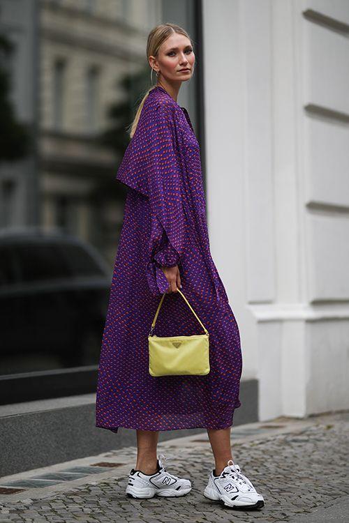 robe violette longue
