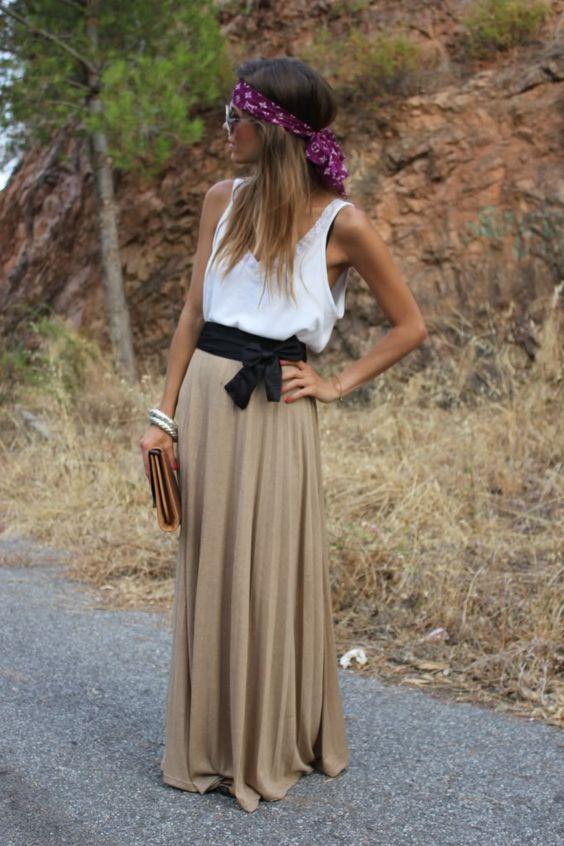 jupe longue bohème beige